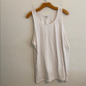 OLD NAVY LARGE SOLID WHITE TANK TOP